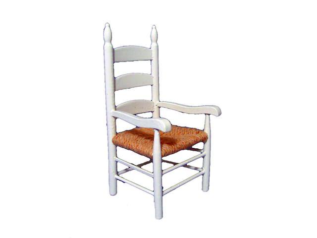 Witte stoel met armleuning for Witte eetkamerstoelen met armleuning
